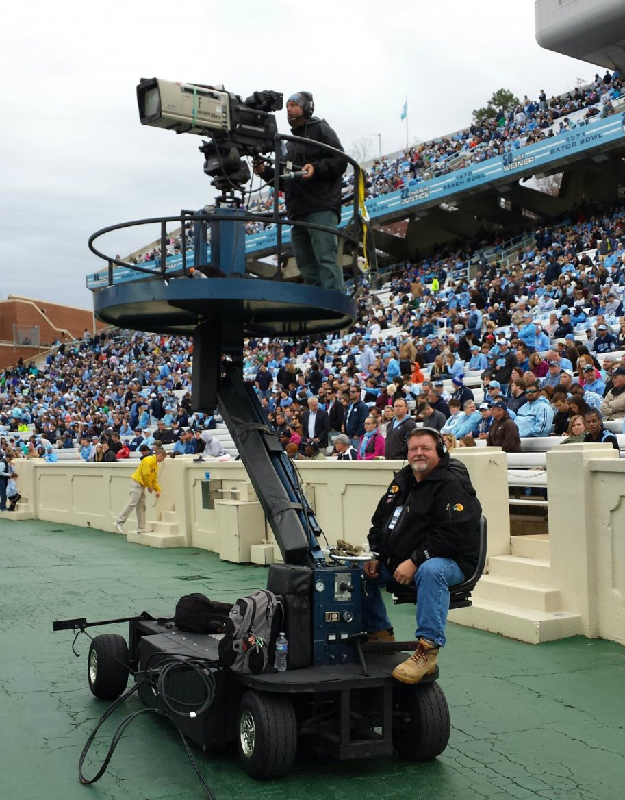 gallery/true-grip-and-lighting-sideline-camera-cart